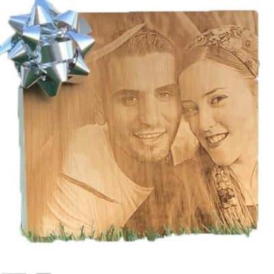תמונה על בלוק עץ